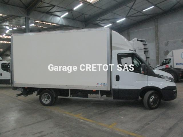 Caisse grand volume Iveco Daily 35C15