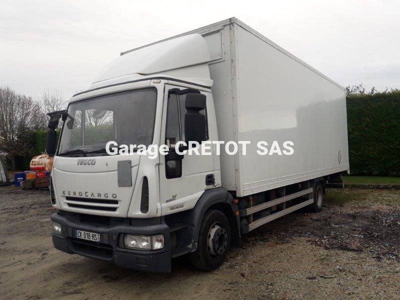 Camion Iveco Eurocargo ML 120 E 22 P Fourgon Déménagement