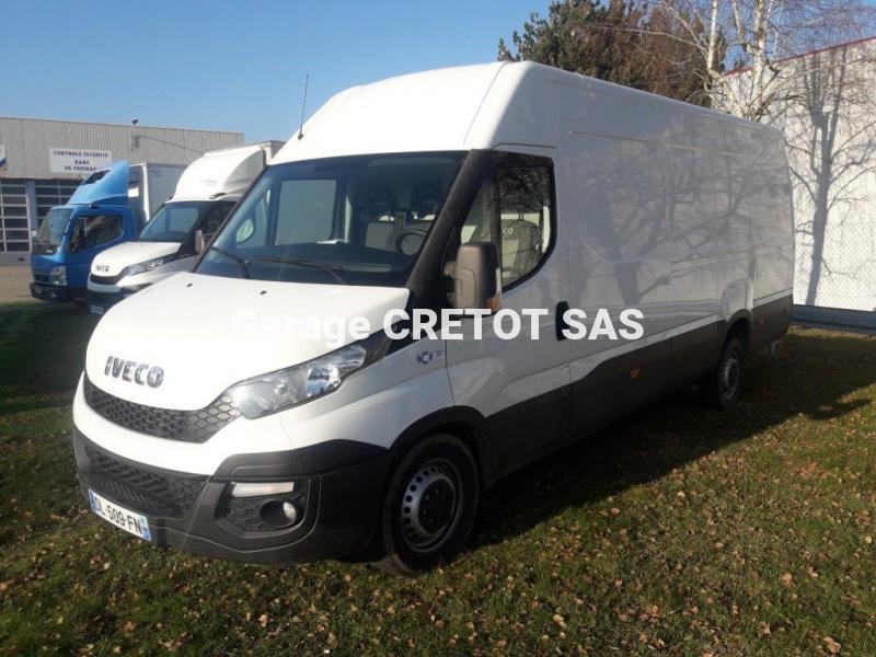 Utilitaire Iveco Daily 35S15V15 Fourgon Fourgon tôlé