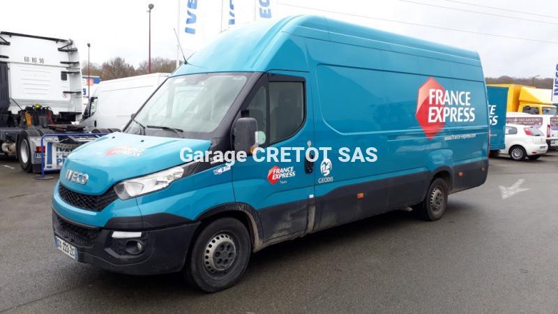 Utilitaire Iveco Daily 35S18V Fourgon Fourgon tôlé