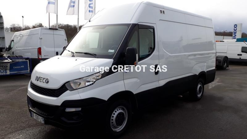 Fourgon Iveco Daily 35S15V12 Fourgon tôlé