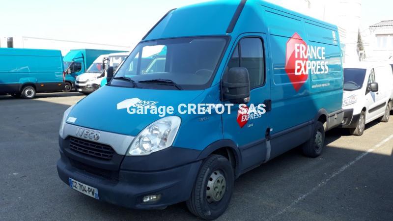 Utilitaire Iveco Daily 35S13V12 Fourgon Fourgon tôlé