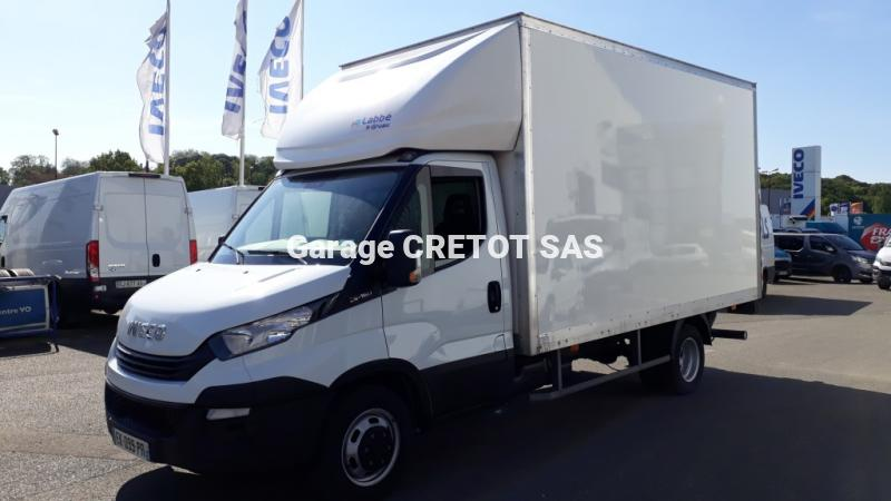 Utilitaire Iveco Daily Caisse grand volume