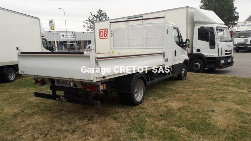 Benne Iveco Daily 35C15 Benne arrière