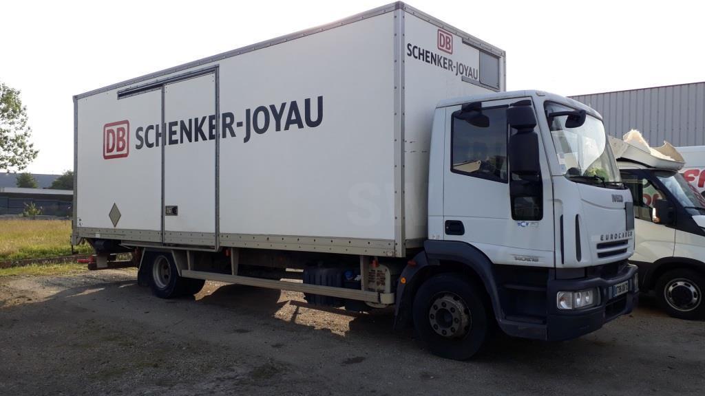 Camion Iveco Eurocargo ML 140 E 18 P Fourgon