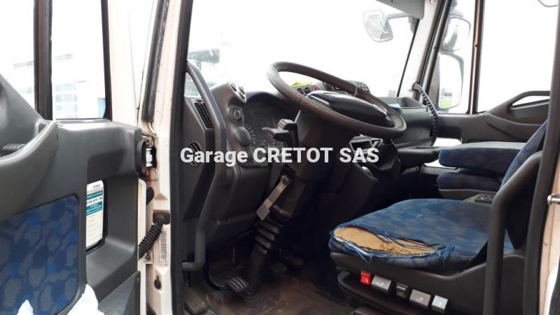 Fourgon Iveco Eurocargo ML 140 E 18 P