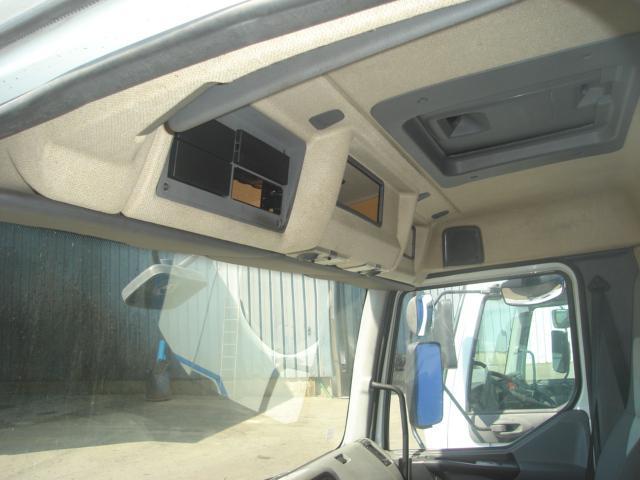 Cabine Renault PREMIUM 270 DCI
