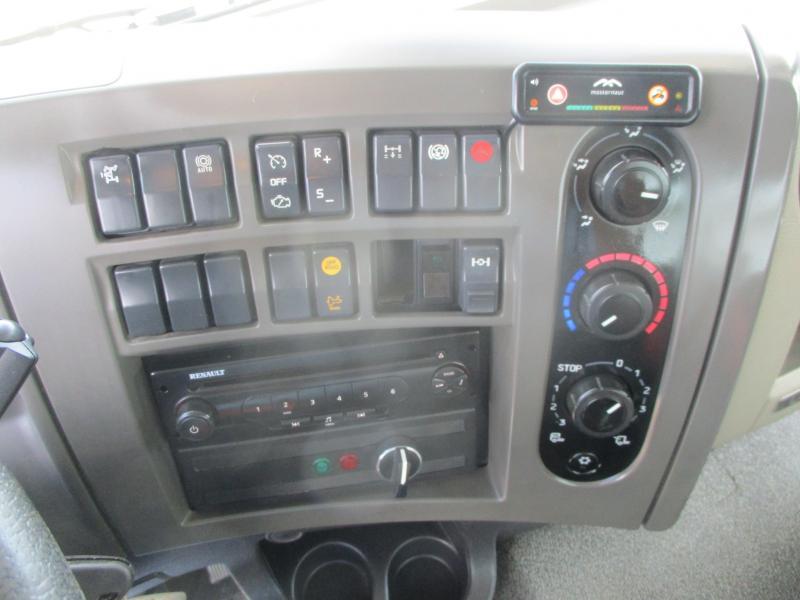 Occasion Renault Premium Lander 380.19