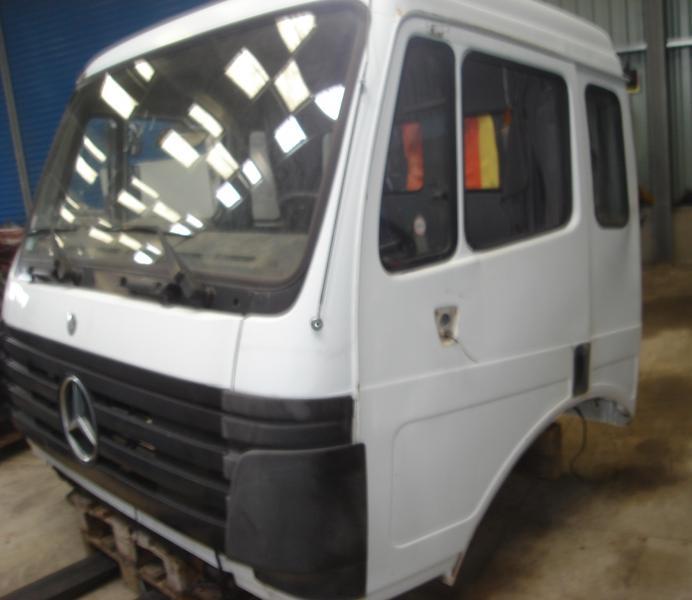 Cabine Mercedes CABINE MERCEDES 25.38