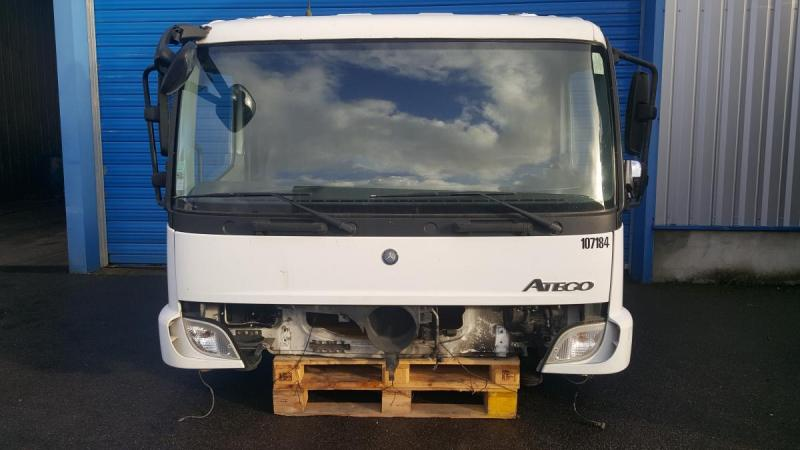 Occasion Cabine Mercedes CABINE MERCEDES ATEGO 1524