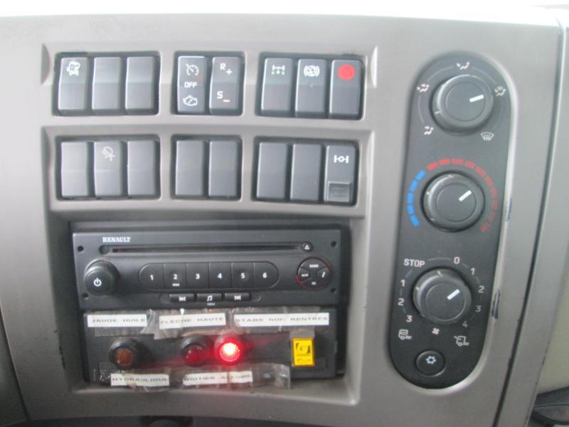 RenaultLander320 DXI