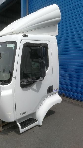 Cabine Renault CABINE RENAULT MIDLUM 220DXI